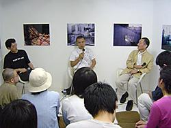 左から倉石信乃氏、高梨豊氏、赤瀬川源平氏