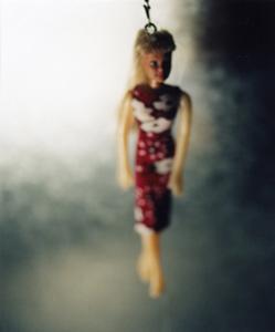 02 高橋万里子「手触りの細く小さきほど」  タイプ Cプリント/フォトアクリル/木製額 ed. 7  作品サイズ:659×555mm