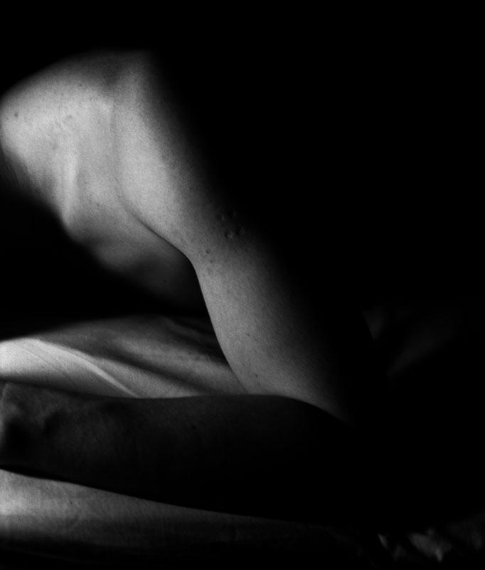 """Saki Nakamura/中村 早: """"Bed Scene"""""""