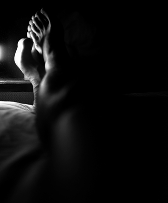 02 中村早「The Nude of Man」  ゼラチンシルバープリント/ed.3  image size:394×326mm  paper size:432×356mm