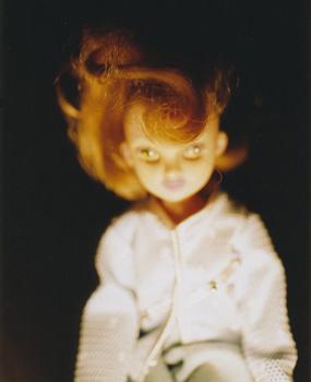 02 高橋万里子「月光 1. 人形」 タイプ Cプリント / ed. 10  作品サイズ:558×455mm