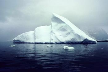 "Lim-Yong Kyun  ""消失する氷山:南極2008"""