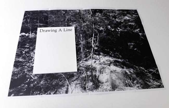 山本渉『線を引く Drawing a Line』