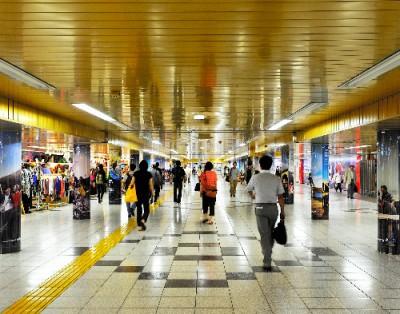 掲載紙:田中雄一郎「ギャラリーbe 」朝日新聞 be on Saturday 2013年11月9日刊