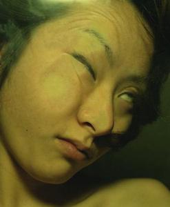 05 中尾曜子「死画像 5」 35.8×43.4cm/タイプCプリント