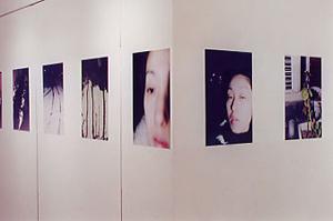 01 中村綾緒「 あ わ い 2000-2001 冬」 各25.4×36.4cm/タイプCプリント
