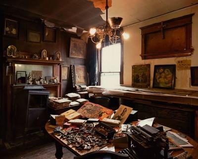 展覧会:北島敬三写真展「ヘンリー・ダーガーの部屋」  エプソンイメージングギャラリー エプサイト